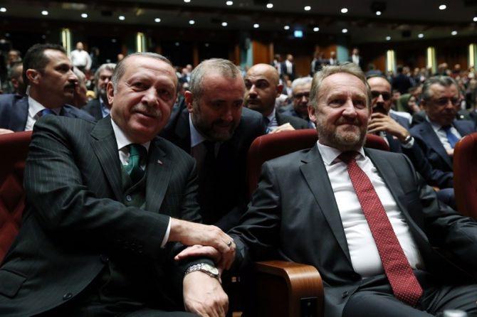 """Erdoğan""""Avrupa; Bosna'da Ölmüş, Suriye'de Gömülmüştür"""" galerisi resim 1"""