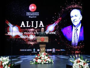 """Erdoğan""""Avrupa; Bosna'da Ölmüş, Suriye'de Gömülmüştür"""""""