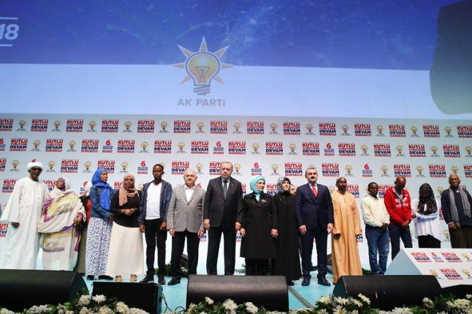 """Erdoğan: """"Biz sadece Allah'ın huzurunda eğildik"""" galerisi resim 10"""