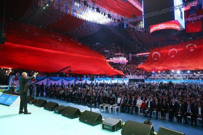 """Erdoğan: """"Biz sadece Allah'ın huzurunda eğildik"""" galerisi resim 2"""