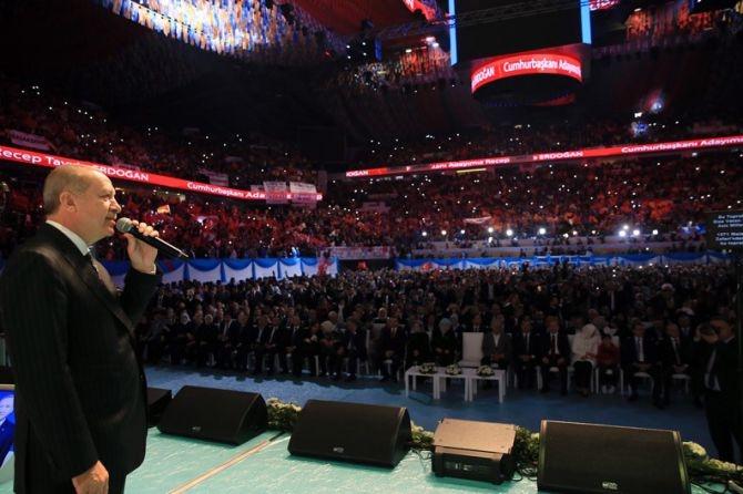 """Erdoğan: """"Biz sadece Allah'ın huzurunda eğildik"""" galerisi resim 7"""