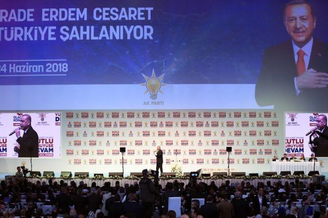 """Erdoğan: """"Biz sadece Allah'ın huzurunda eğildik"""" galerisi resim 9"""