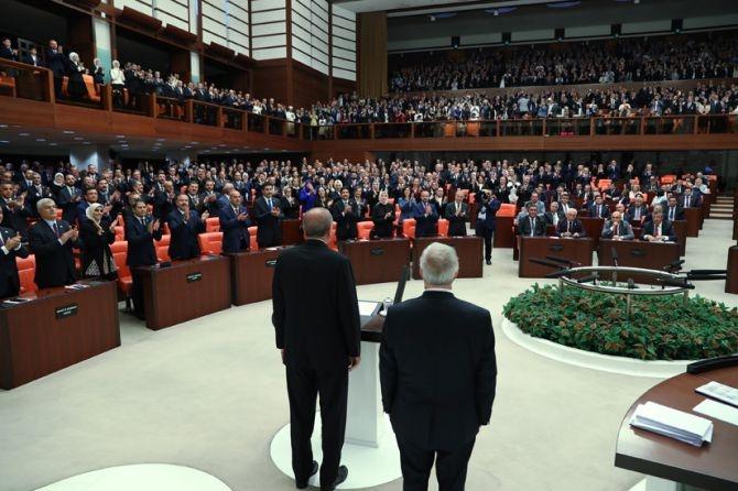 Cumhurbaşkanı Erdoğan, TBMM Genel Kurulu'nda yemin ederek göreve başladı galerisi resim 17