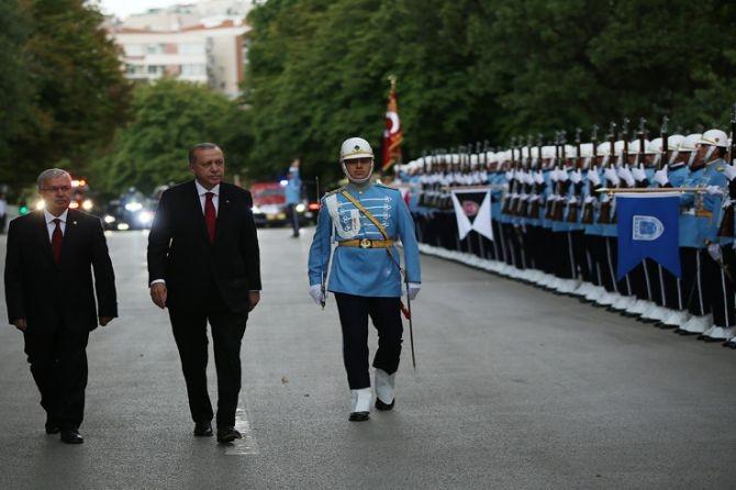 Cumhurbaşkanı Erdoğan, TBMM Genel Kurulu'nda yemin ederek göreve başladı galerisi resim 6