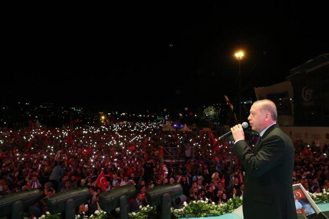 """""""15 Temmuz tüm Türkiye'nin zaferidir"""" galerisi resim 1"""