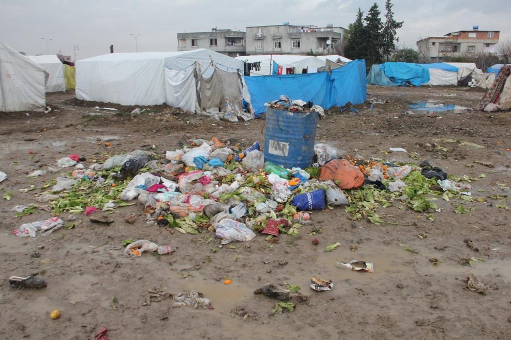 Suriyelilerin çamur içerisinde yaşam mücadelesi galerisi resim 19