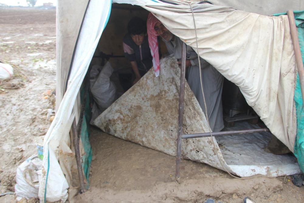 Suriyelilerin çamur içerisinde yaşam mücadelesi galerisi resim 5