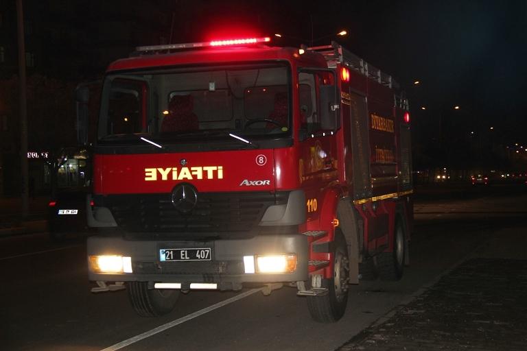 Belediye otobüsü ateşe verildi galerisi resim 3