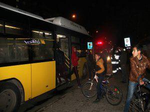 Belediye otobüsü ateşe verildi