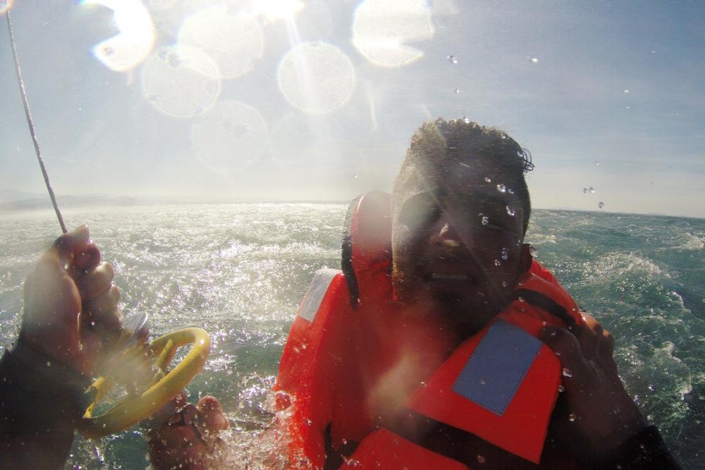 Mültecileri taşıyan teknenin batma anının görüntüleri galerisi resim 5