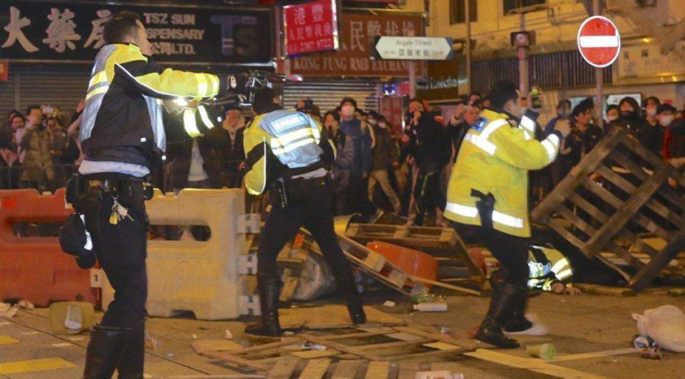 işportacılar polis'le çatıştı galerisi resim 4