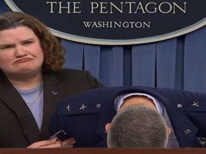 General James Martin Jr, Obama uçağı'nın komutanı bayıldı