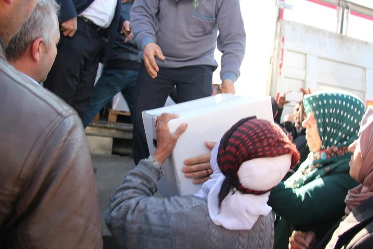 Sur halkına yardım eden İslami STK'lara destek galerisi resim 1