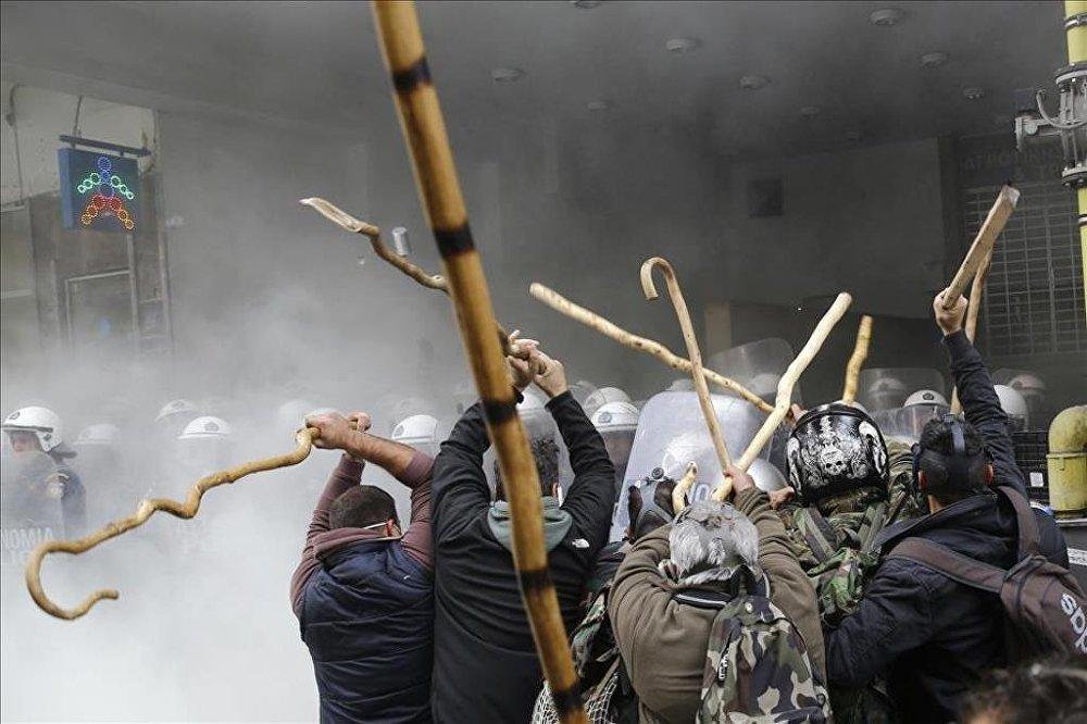 Yunanistan sosyal güvenlik yasasında değişikliğe gidecek galerisi resim 1