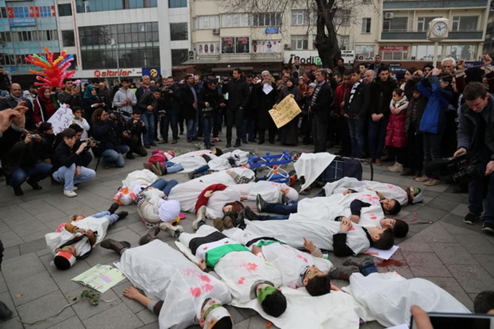 Gaziantep'te sığınmacılar Rusya'yı protesto etti galerisi resim 6