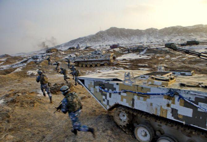 Dünyanın en büyük ikinci ordusu Çin Halk Kurtuluş Ordusu galerisi resim 6