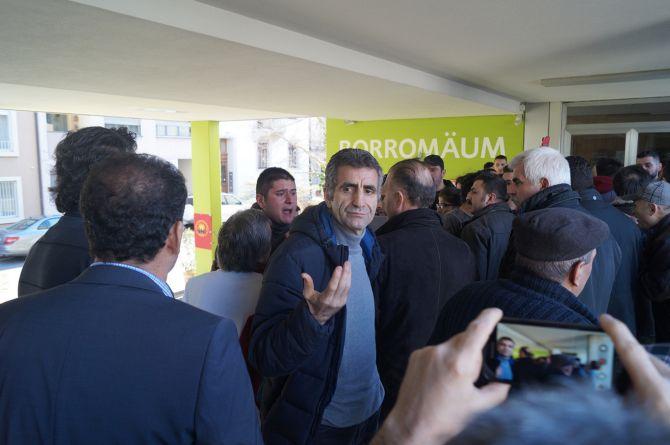 PKK, Kürt siyasetçi Burkay'ın programını sabote etti galerisi resim 5