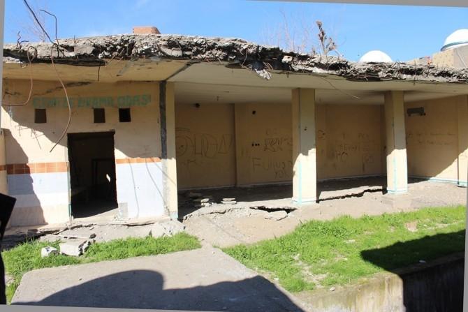 PKK Camilerin zarar görmesine sebep oldu galerisi resim 6