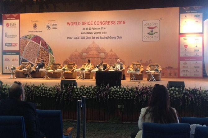 Dünya Baharat Kongresi'ne Ege İhracatçı temsilcileri katıldı galerisi resim 1