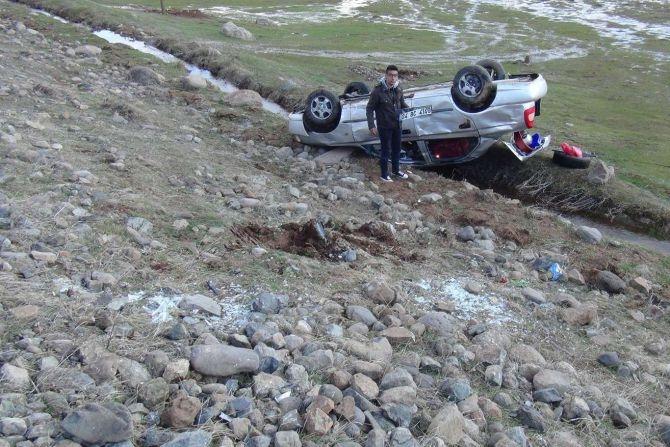 Araç şarampole yuvarlandı: 8 yaralı galerisi resim 11