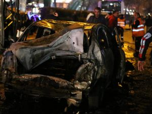 Ankara'nın merkezinde patlama: 34 ölü