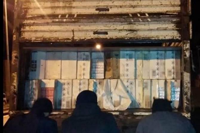 Polis 280 bin paket kaçak sigara ele geçirdi galerisi resim 5