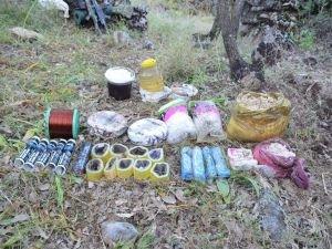 PKK'nın patlayıcı deposuna ulaşıldı