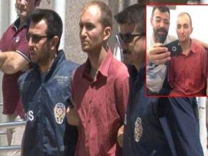 Seri katil Atalay Filiz'le selfie çeken polis tepki topladı