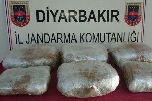 Diyarbakır'da yapılan operasyonda esrar ele geçirildi