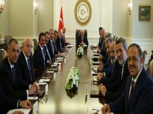 Başbakan Yıldırım, DEİK heyetini kabul etti