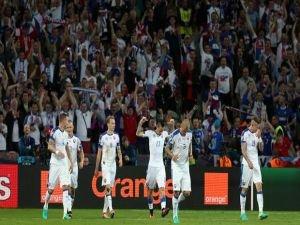 Slovakya ilk yarıda işi bitirdi!