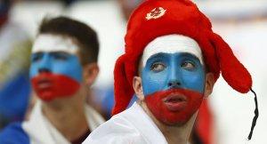 Fransa'ya giden 20 Rus taraftar sınırdışı ediliyor