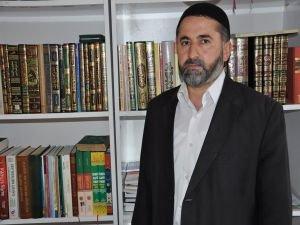 """""""Kur'an'ın öğrenilmesi temel önceliğimiz olmalıdır"""""""