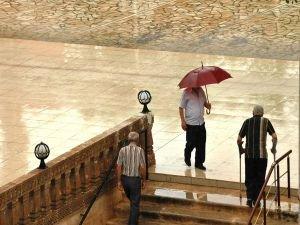 Sağanak yağış ve kuvvetli rüzgar uyarısı