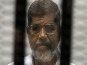 Mursi'ye müebbet hapis cezası verildi!