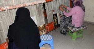Iğdır'da kilimcilik kadınların geçim kaynağı oldu
