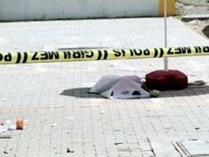 Pencereden düşen çocuk yaşamını yitirdi