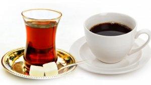 Çay ve kahveyi su niyetine içmeyin