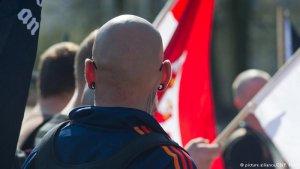 Almanya, Neonazi sitesinin erişimini durdurdu