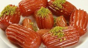Şeker hastaları bayramda tatlılara dikkat!