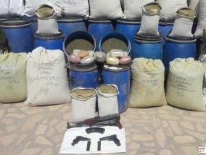 Lice'de bomba, mühimmat ve uyuşturucu ele geçirildi