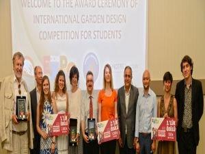 Tasarımcı öğrenciler ödüllerine kavuştu