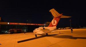 Hakkari'ye 11 ay sonra ilk kez uçak indi