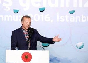 Cumhurbaşkanı Erdoğan dostluk iftarında önemli açıklamalarda bulundu