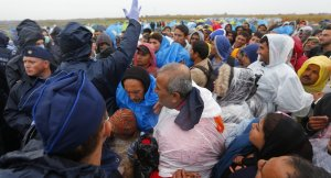 Macaristan'dan sığınmacıları geri gönderme kararı
