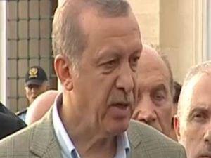 Cumhurbaşkanı Erdoğan,bayram namaz sonrası soruları yanıtladı