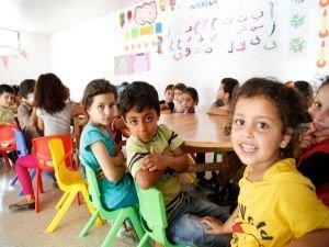 Suriyeli mülteci çocuklar için eğitim projesi