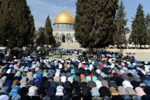 İsrail'den Mescid-i Aksa kısıtlaması