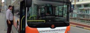 Şoförle tartışan şahıs belediye otobüsünün anahtarını çaldı