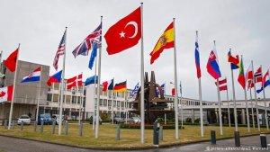 NATO Irak'a yeniden asker gönderecek